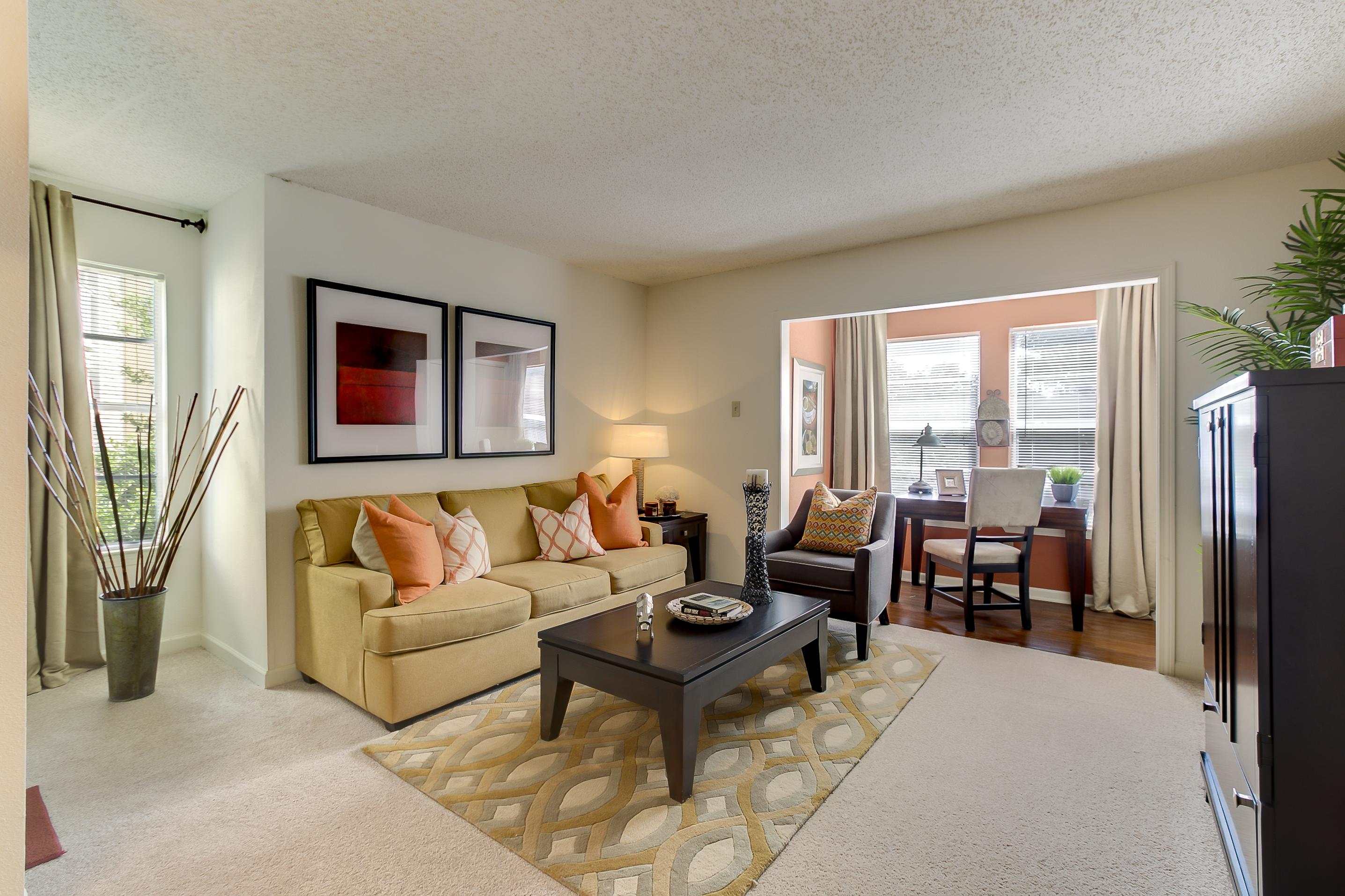 Sugar Mill East reviews | Apartments at 4520 Williams Blvd - Kenner LA