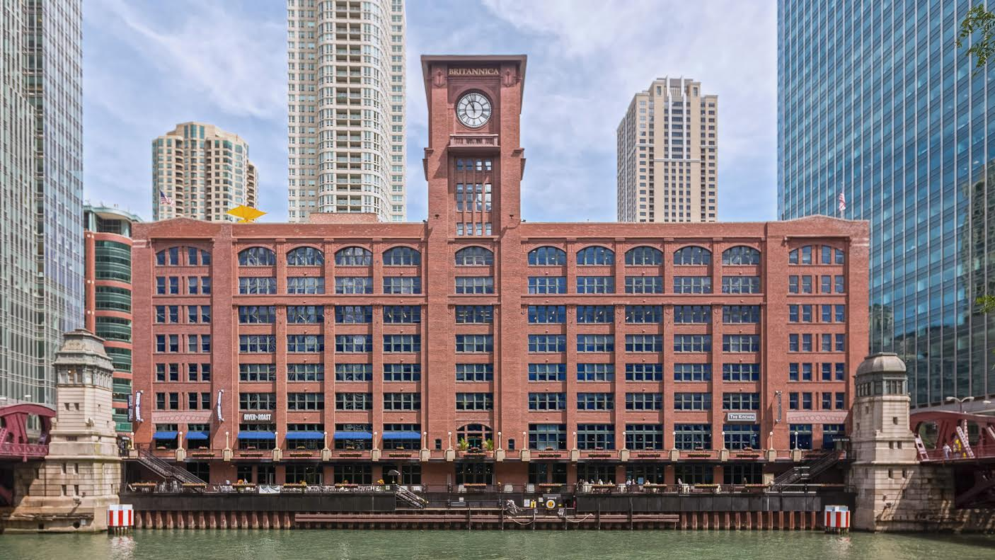 Friedman Properties reviews | Commercial Real Estate at 350 North Clark Street - Chicago IL