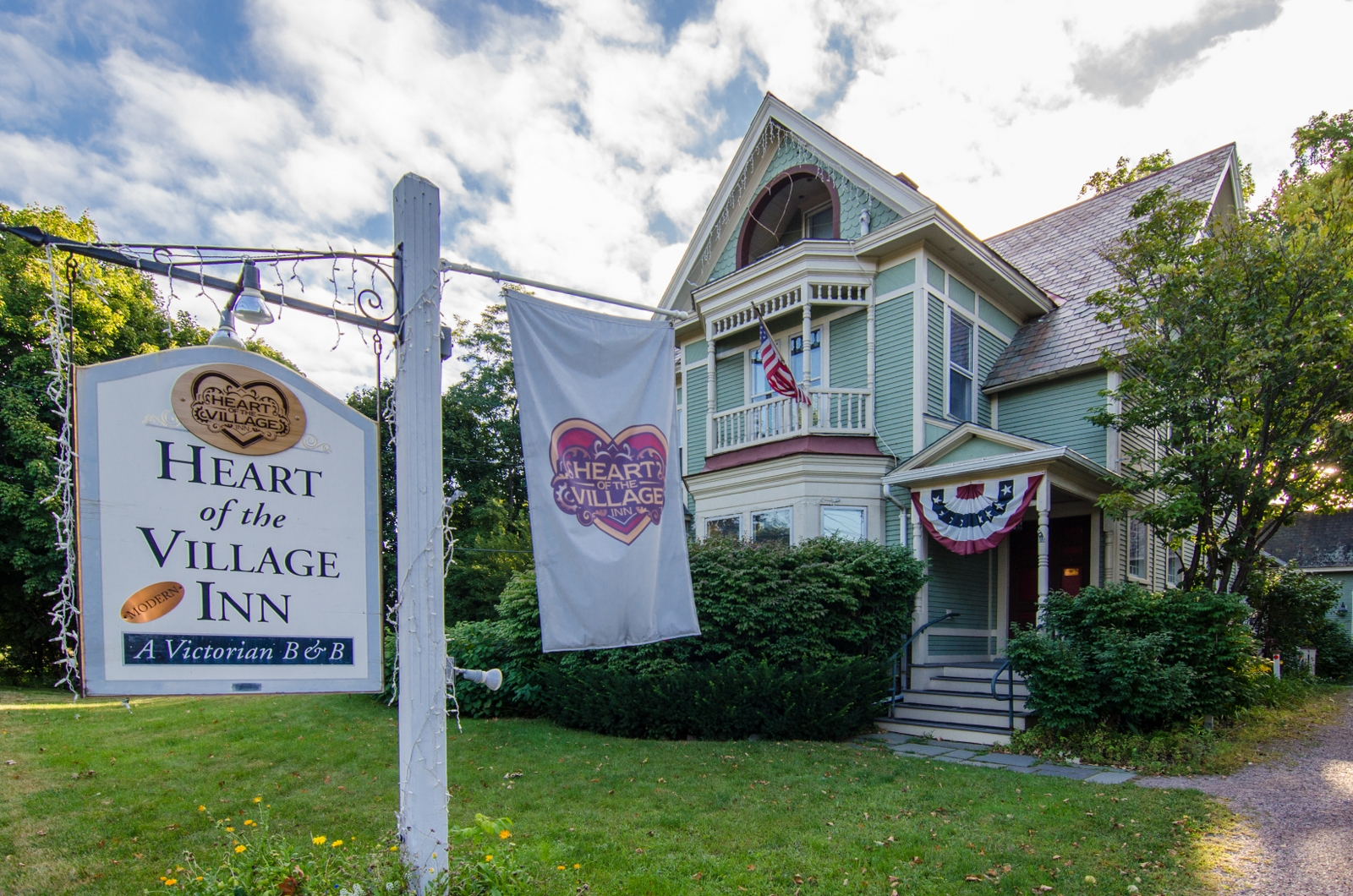 Heart of the Village Inn, a Vermont Bed & Breakfast | Bed & Breakfast in 5347 Shelburne Rd - Shelburne VT - Reviews - Photos - Phone Number