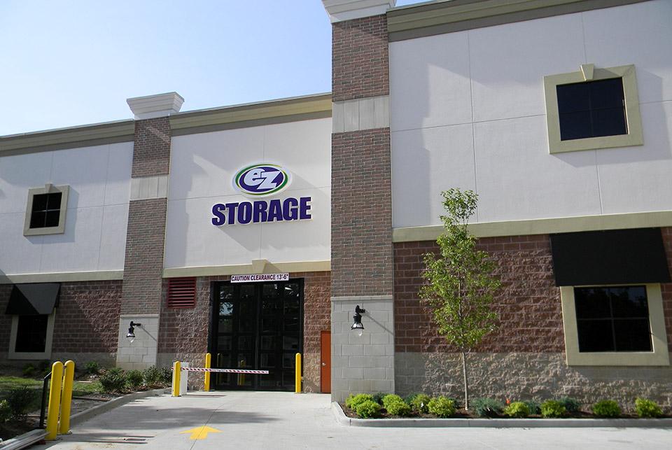 EZ Storage reviews | Self Storage at 9715 Manchester Rd. - St Louis MO