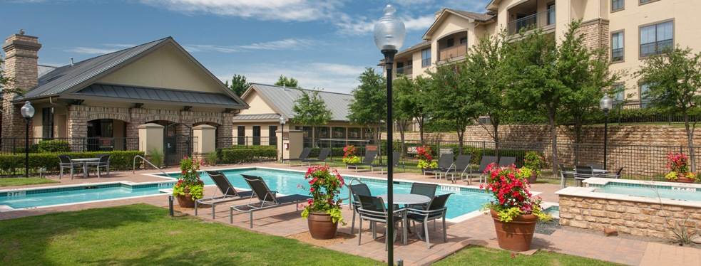 Wind Dance Apartments reviews | Real Estate at 1220 Indian Run Drive - Carrollton TX