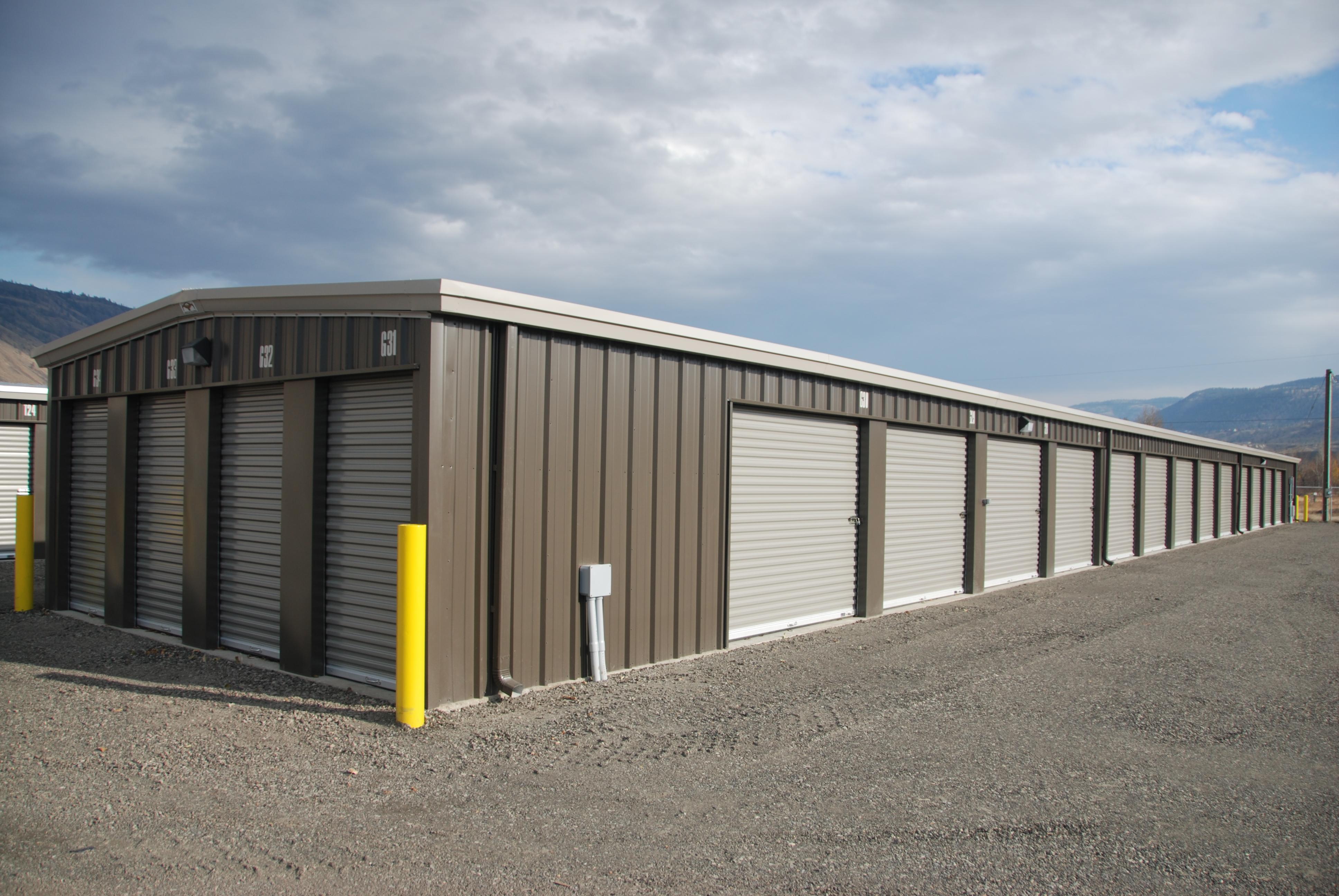 Los Rios Storage reviews   Accessories at 795 East Athabasca Street - Kamloops BC