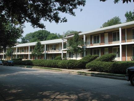 Lake Falls reviews | Apartments at 6106 Northwood Dr - Baltimore MD