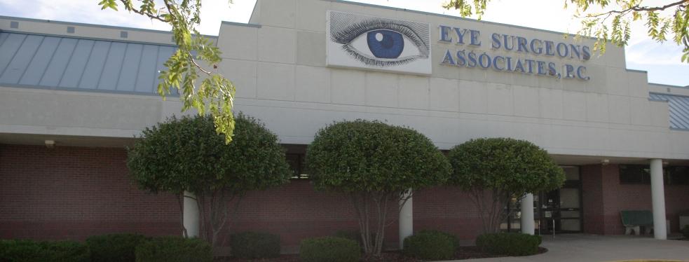 Eye Surgeons Associates - Dr. Michael Boehm reviews | Eyewear & Opticians at 2001 5th St # 49 - Silvis IL