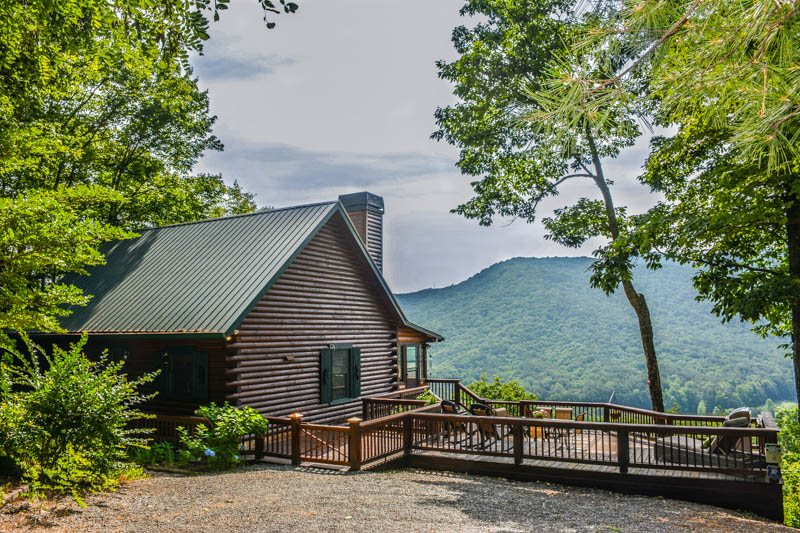Mountain Laurel Cabin Rentals reviews | Property Management at 7527 Mineral Bluff Hwy - Mineral Bluff GA