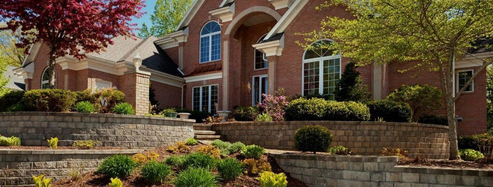FRSR reviews   Landscaping at 7050 W 120th Avenue - Broomfield CO