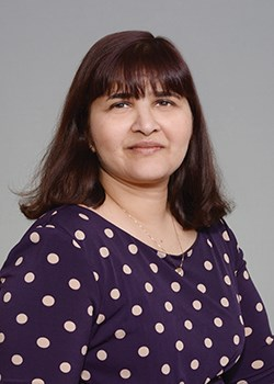 Pratima Deshmukh, M D  reviews | Doctors at 515 W  State
