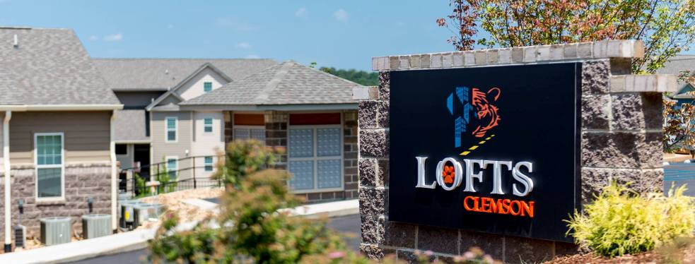 Clemson Lofts reviews | Apartments at 111 Cochran Road - Clemson SC