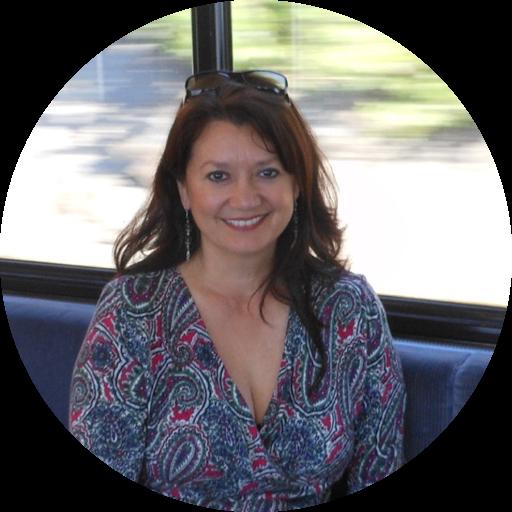 Julia Dickerson avatar