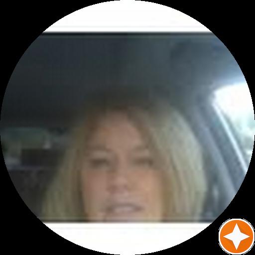 Carolyn Giosia avatar