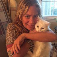 Lara Nicole Daniels review for Laguna Treatment Hospital