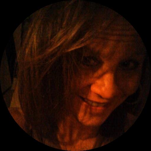 Julie Olivieri avatar
