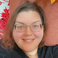 Ashley Nicholas review for Crumbl Cookies - Fredericksburg