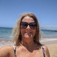 Lisa Wohler review for Crumbl Cookies - Covington