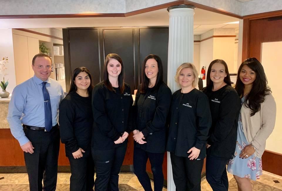 Advanced Dental Artistry - Brett Wallen, DDS reviews | Cosmetic Dentists at 118 SW 330th St - Federal Way WA