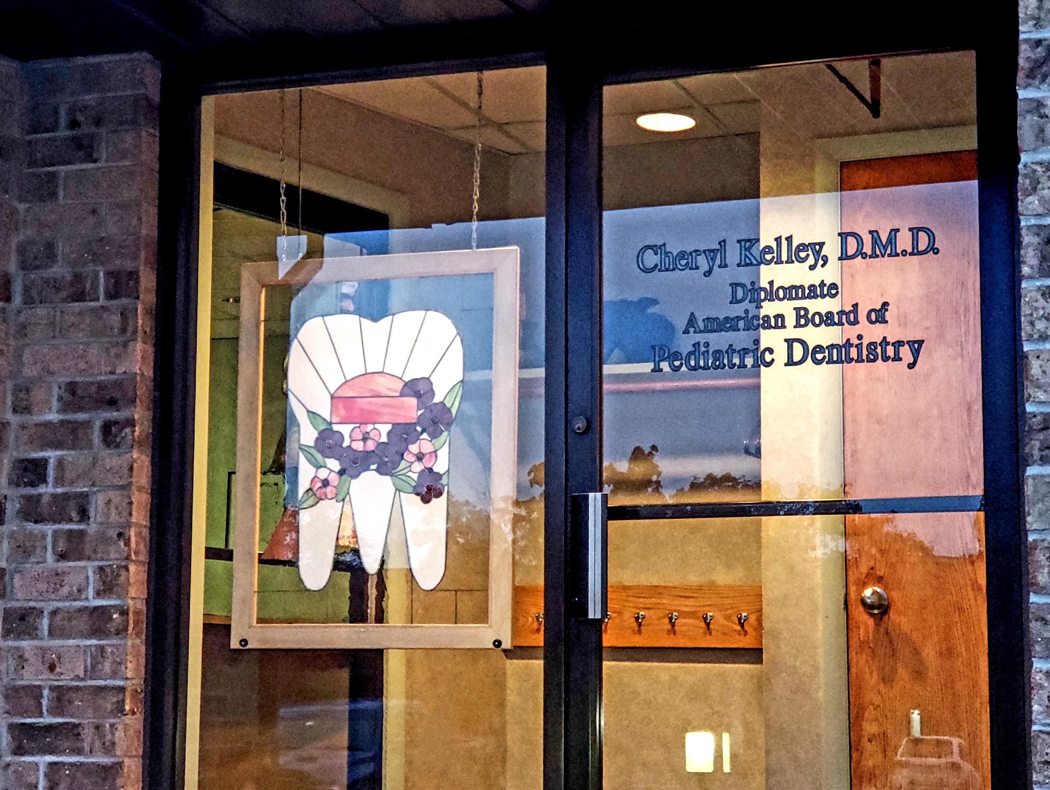 Cheryl Kelley DMD reviews | Dentists at 370 White Spruce Blvd. - Rochester NY