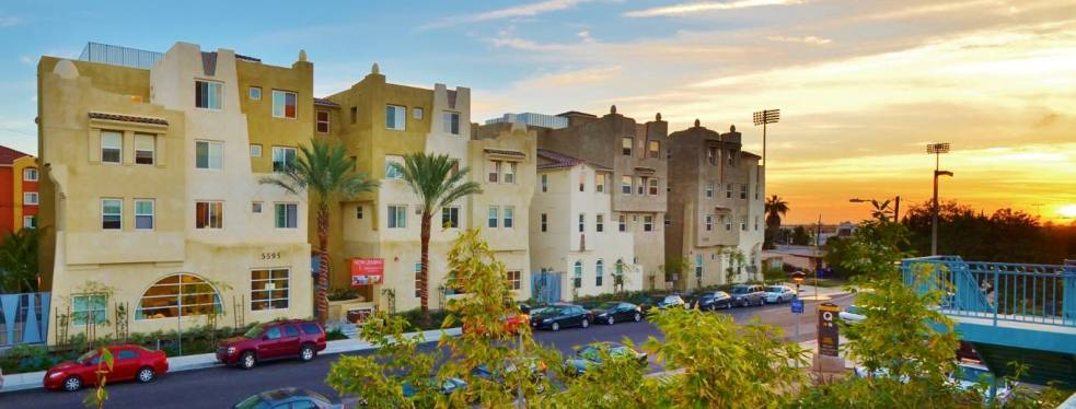 The Suites on Paseo reviews | Apartments at 5595 Lindo Paseo - San Diego CA