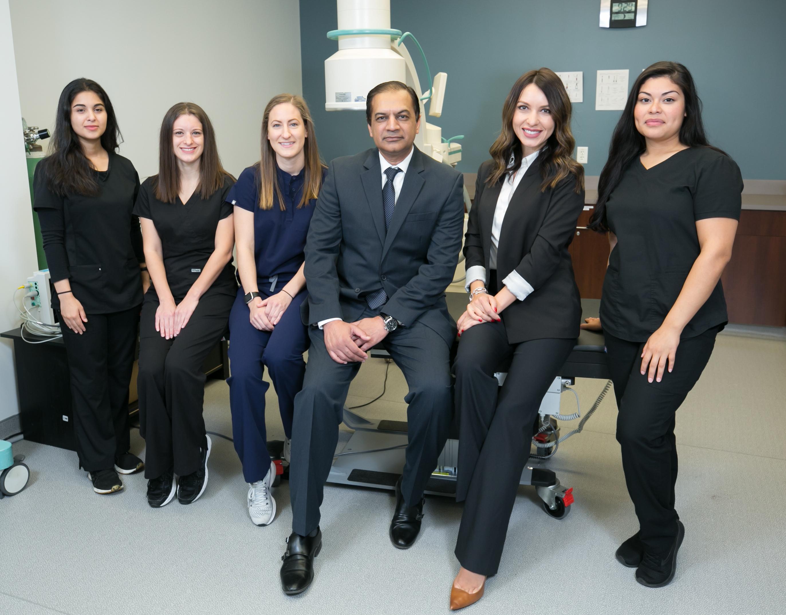 Spine & Pain Clinics of North America reviews | Pain Management at 4001 Fair Ridge Dr - Fairfax VA