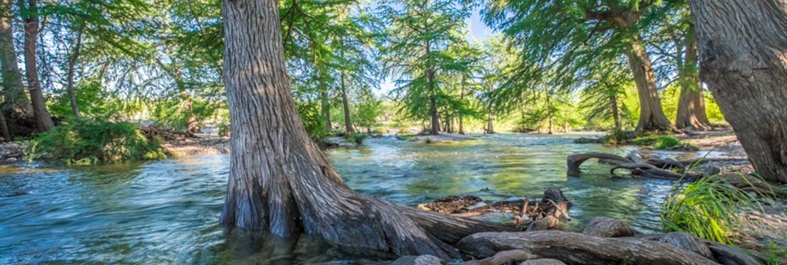Frio River Cabins, Lodges & Vacation Rentals at River Bluff Cabins reviews | Vacation Rentals at 389 Cooper Mountain - Rio Frio TX