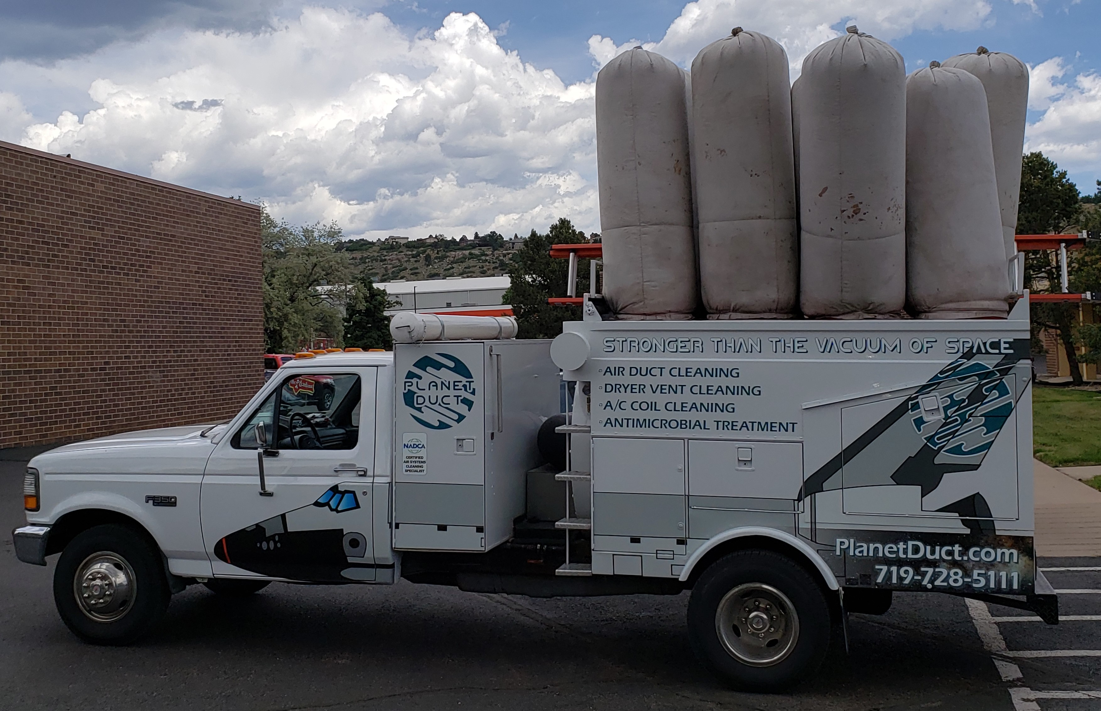 Planet Duct reviews   Air Duct Cleaning at 3328 Adobe Court - Colorado Springs CO