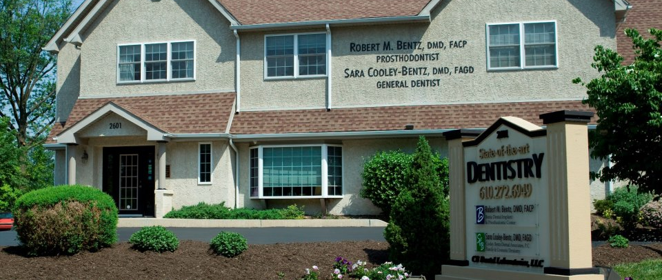 Bentz Dental Implant & Prosthodontic Center: Dr. Robert M. Bentz, DMD, FACP - Norristown, PA