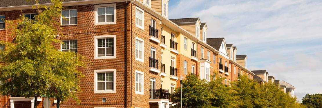 Belmont at City Center Apartments reviews | Apartments at 900 Lakefront Commons - Newport News VA