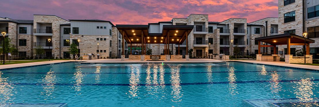Lenox SOCO Reviews, Ratings   Apartments near 135 Foremost Dr , Austin TX