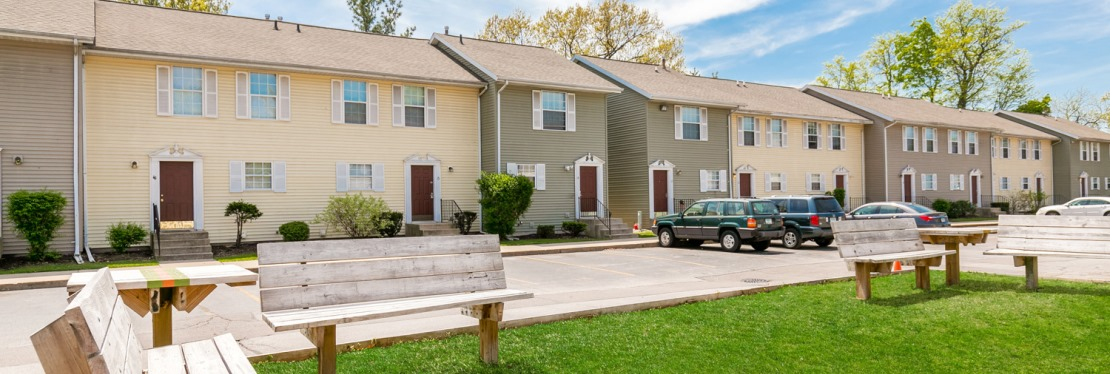 University Parallel Graduate Townhomes reviews   Apartments at 1028 Cedar St - South Bend IN