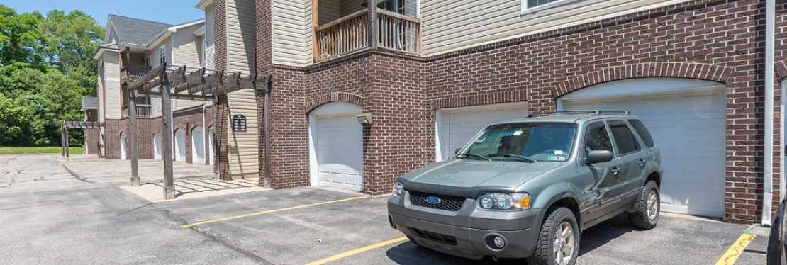 Summit Rise Apartments reviews   Apartments at 54 Hunt Club Drive - Copley OH