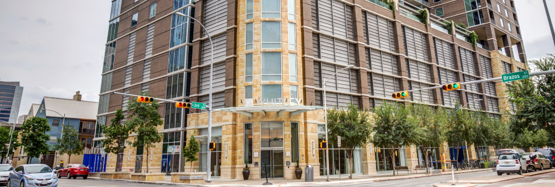Whitley Apartments Reviews, Ratings   Apartments near 301 Brazos St , Austin TX