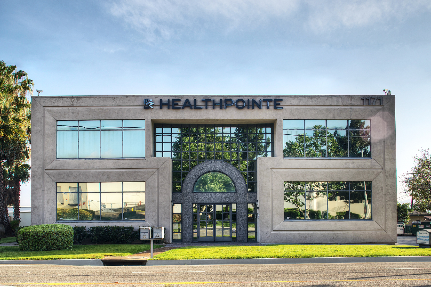 Healthpointe reviews | Orthopedists at 1171 Railroad St - Corona CA