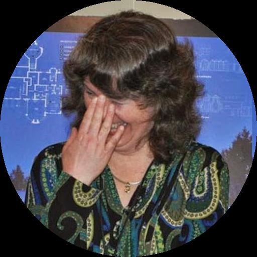 Lisa Newbold