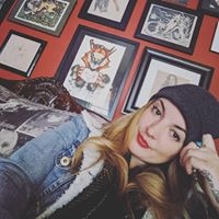 Ashley De Vor review for EXPRESS Art and Frame