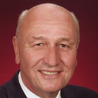 Richard T. Martin review for Family & Cosmetic Dentistry: Nicholas A. Papadea D