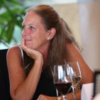 Mary Jones review for Tampa Home Group: John & Maria Hoffman, Tania Borelli